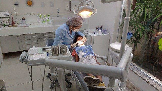 השתלות שיניים בחולון